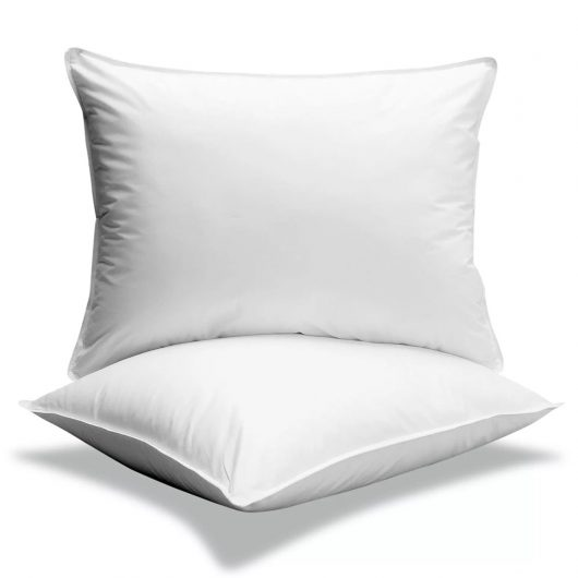 How to Clean Your Bedroom Pillows